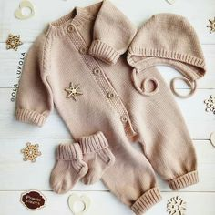 Knitting For Kids, Baby Knitting Patterns, Knitting Designs, Baby Patterns, Knitted Baby Outfits, Knitted Baby Clothes, Knitted Romper, Baby Overall, Baby Couture