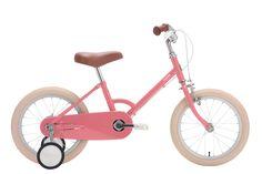 Wunderschönes Fahrrad, ein tolles Weihnachtsgeschenk, das leuchtende Kinderaugen garantiert!