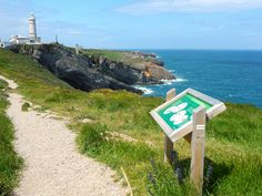 Faro de Cabo Mayor in Santander, Spain Santander Spain, Cool Places To Visit, The Good Place, Europe, World, Outdoor Decor, Blog, Travel, Light House