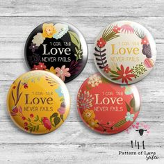 Spanish Love Never Fails - 2019 Regional Convention - Floral - Button Badge Pin - JW Gifts - Amor Nunca Falla Asamblea- Pin or Magnet Pioneer School Gifts Jw, Pioneer Gifts, Jw Gifts, Craft Gifts, Jw Convention, Getting Baptized, Love Never Fails, Magazine Holders, Badge Design