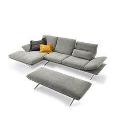 Deze prachtige nieuwe bank van Koinor, de ultieme bank om lekker te relaxen! Prachtig in leer maar ook heel erg mooi in stof. Sofa Seats, Couch, Knitting Blogs, Furniture Projects, Ikea, Armchair, Interior Decorating, Living Room, Woodwork