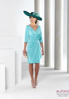 E18011 Mother Of Bride Outfits, Mother Of Groom Dresses, Mother Of The Bride, Glamour Fashion, Church Outfits, The Dress, Marie, Ideias Fashion, Wrap Dress