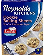 Reynolds Kitchens Cookie Baking Parchment Paper Sheets (SmartGrid, Non-Stick, 22 Sheets) - Perfect for Christmas Cookies Cake Mix Cookies, Cookies Et Biscuits, Icebox Cookies, Elmo Cookies, Pudding Cookies, Meringue Cookies, Sugar Cookies, Hawaiian Sweet Breads, Parchment Paper Baking