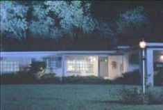 If you happen to be in Lake Wales, Florida, there's a house you might want to avoid. It's a very ordinary looking house, but as you can probably guess, appearances can be deceiving. In the fall of 1991, 19-year old Alan Mann lived in the