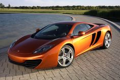 McLaren MP4-12C    drool worthy!