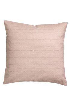 Kolla in det här! Ett kuddfodral i vävd bomullskvalitet med tryckt mönster. Dold dragkedja. - Besök hm.com för ännu fler favoriter.