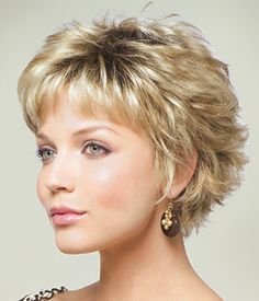 MASON (Rooted Colors) by Noriko Peinados Related Winning Looks with Bob Haircuts for Fine Hair Short Shag Hairstyles, Short Layered Haircuts, Short Hairstyles For Women, Pixie Haircuts, Hairstyles 2016, Wedding Hairstyles, Protective Hairstyles, Haircut Short, Medium Hairstyles