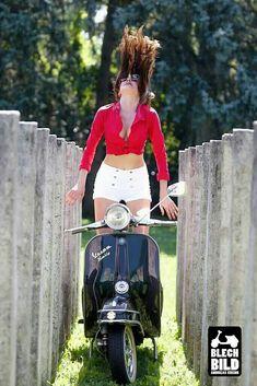 Free as a bird Vespa Motorcycle, Motos Vespa, Piaggio Vespa, Lambretta Scooter, Vespa Girl, Scooter Girl, Vespa Models, Vespa Motor Scooters, Red Vespa