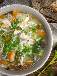 chicken-rice-soup_175319597