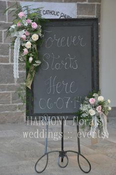 #chalkboard #weddingdecor