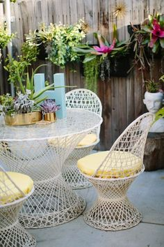 use vintage and flea market finds to decorate your patio