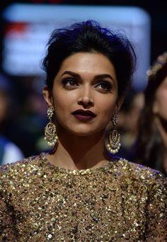 Deepika Padukone Bollywood - Make up - dark lip stick- earings Mauve Color Lipstick, Dark Lipstick Makeup, Eye Makeup, Matte Lipstick, Lipstick Sale, Daily Makeup, Everyday Makeup, Makeup Brushes, Dark Complexion