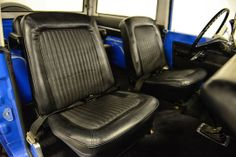 Classic Ford Broncos - check out some of our recent show-quality early model Ford Bronco restorations. Old Ford Bronco, Early Bronco, Classic Bronco, Classic Ford Broncos, Broncos Pictures, Bronco Sports, Old Fords, Html, Car Seats