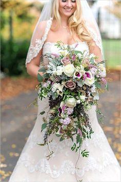 Lush and whimsical purple wedding bouqauet @weddingchicks