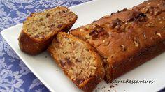Gâteau aux dattes, noix et miel