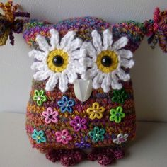 Crochet owl pillow, my own design, by Jerre Lollman