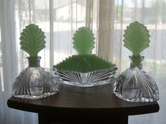 3pc VINTAGE ART DECO VANITY SET CLEAR W/GREEN JADEITE TOPS LIDS NEW MARTINSVILLE #NewMartinzville