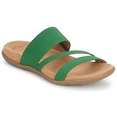 Wie auf Wolken schweben wir mit diesen #sandalen von Gabor. Kein Wunder, denn diese #damenschuhe bestehen aus hochwertigem #leder und einer flexiblen Gummisohle. Nicht nur für Strandspaziergänge! #schuhe #trends