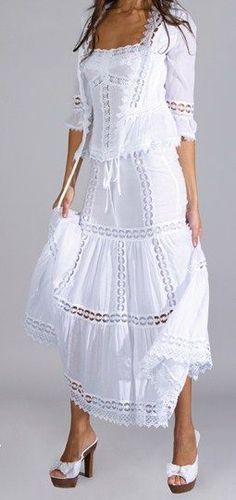 Ideas dress casual white shoes for 2019 Dress Skirt, Lace Dress, White Dress, White Fashion, Boho Fashion, Womens Fashion, Evening Dresses, Summer Dresses, Embroidery Dress