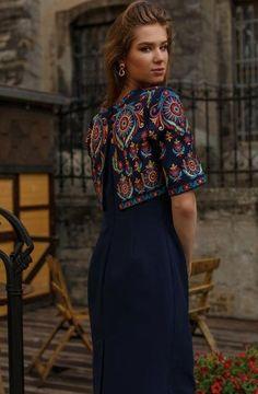 Gift for EasterUkrainian vyshyvanka dress. Gift for Easter Elegant Dresses For Women, Stylish Dresses For Girls, Stylish Outfits, Cute Dresses, Casual Dresses, Indian Fashion, Boho Fashion, Fashion Dresses, Ethno Style