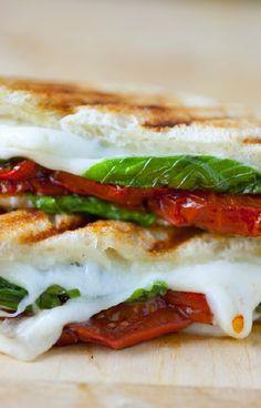 Low FODMAP and Gluten Free Recipe - Tomato, basil & mozzarella toasted sandwich  - http://www.ibssano.com/low_fodmap_recipe_tomato_basil_mozzarella_toasted_sandwich.html