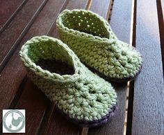 slippers-fast-crochete Tutorial ❥Teresa Restegui http://www.pinterest.com/teretegui/❥