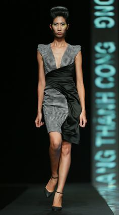 Vietnam Fashion Week FW14 - Ready to wear.  Designer: Tang Thanh Cong.  Photo: Thanh Dat