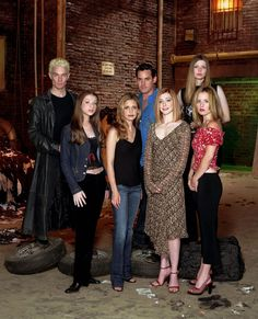 Cast Picture - Buffy