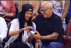 Rihanna quebra telemóvel de polícia e doa 25 mil dólares para fundo de caridade  http://angorussia.com/?p=18333