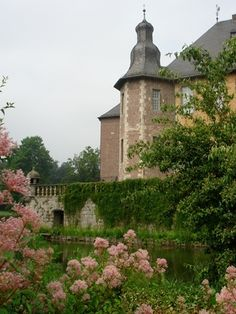 Schloss Dyck..i want whatever is growing over the walls