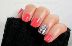 Love this maybe with a different solid color though http://kallync.jamberrynails.net/