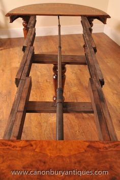 Victorian Dining Tables - good view of how the inners of the extending mechanism work. Victorian dining table extends via the handle at the end. Great extending Victorian dining table https://www.canonburyantiques.com/s/dining-tables/victorian-dining-tables/1/