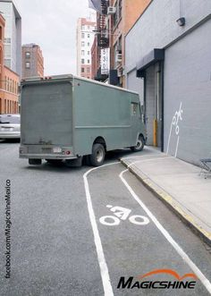 The New York City Bicycle Safety Coalition launched a new bike safety advertising campaign. Tricycle, Street Marketing, Guerilla Marketing, Guerrilla Advertising, Creative Advertising, Advertising Campaign, Bicycle Safety, Bike Poster, Poster Design