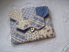 Cute little bag to hold tissues, sewing stuff, etc