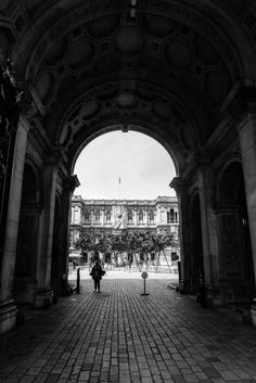 Architectural arches in London