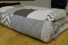 Shades of Grey quilt by Hoot'n Haller