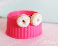 Food jewelry  Vanilla Doughnuts stud earrings by Cutetreats, $12.00
