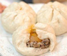 Cách làm bánh bao trứng muối xốp mềm thơm ngon hấp dẫn - http://congthucmonngon.com/8439/cach-lam-banh-bao-trung-muoi-xop-mem-thom-ngon-hap-dan.html