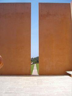 John Pawson, courtyard, villa Neuendorf, Mallorca by petra quilitz, via Flickr