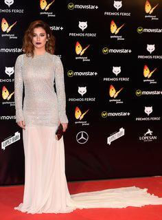 Blanca suarez vestido burdeos