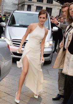 ❤️ Emma looks stunning in Alexander McQueen