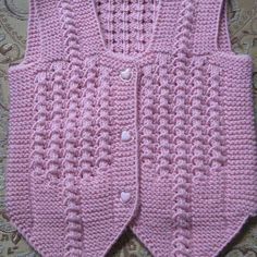 This post was discovered by El Baby Knitting Patterns, Crochet Baby, Knit Crochet, Baby Vest, Crewel Embroidery, Moda Emo, Eminem, Christian Dior, Infant