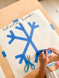 Symmetry Activities, Toddler Learning Activities, Hands On Learning, Home Learning, Toddler Preschool, Fun Learning, Preschool Activities, Learn Math, Snowflakes