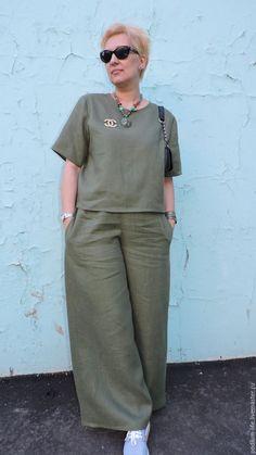 Casual Indian Fashion, 50 Fashion, African Fashion, Plus Size Fashion, Womens Fashion, Kurta Designs Women, Jumpsuit Pattern, Fashion Updates, Plus Size Outfits
