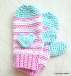 CROCHET PATTERN: mittens, gloves, pattern, four sizes,small toddler, toddler,child, and adult. PDF