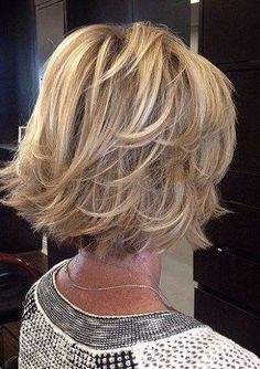Trendy Haircut Short Bob Older Women Medium Hair Cuts, Medium Hair Styles, Curly Hair Styles, Short Styles, Haircut For Older Women, Haircuts For Fine Hair, Bob Haircuts, Haircut Men, Haircut Short