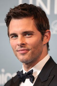 Pin for Later: 32 Times James Marsden Looked Drop-Dead, Disney-Prince Hot When His Smirk Was Almost Too Much
