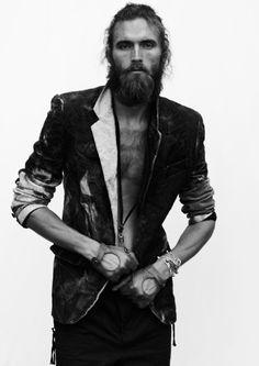The Classy Issue Hairy Men, Bearded Men, Hair And Beard Styles, Long Hair Styles, Style Masculin, Le Male, Long Beards, Monochrome Fashion, Beard Tattoo