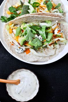 Buffalo Chicken Tacos // healthy and yummy way to feed your wing cravings via How Sweet Eats #gameday #protein