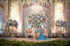 New Wedding Themes Fairytale Decoration Ideas Wedding Stage Decorations, Wedding Reception Venues, Wedding Ceremony Decorations, Wedding Themes, Receptions, Backdrop Wedding, Javanese Wedding, Indonesian Wedding, Rustic Wedding